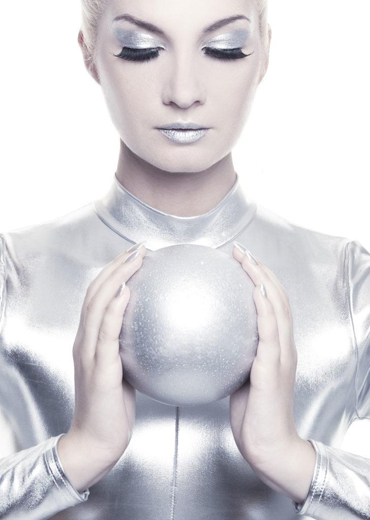 dona-sfera-argento
